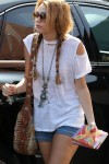 1013-miley-cyrus-braless-08