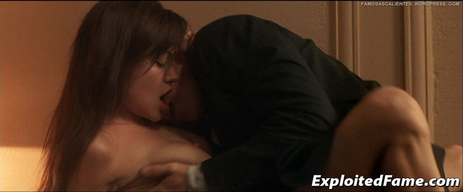 Angelina jolie taking lives sex scene — pic 15
