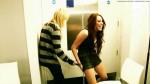 87802_MileyO2Del_avi_snapshot_00_12_2010_07_02_19_11_28_123_238lo
